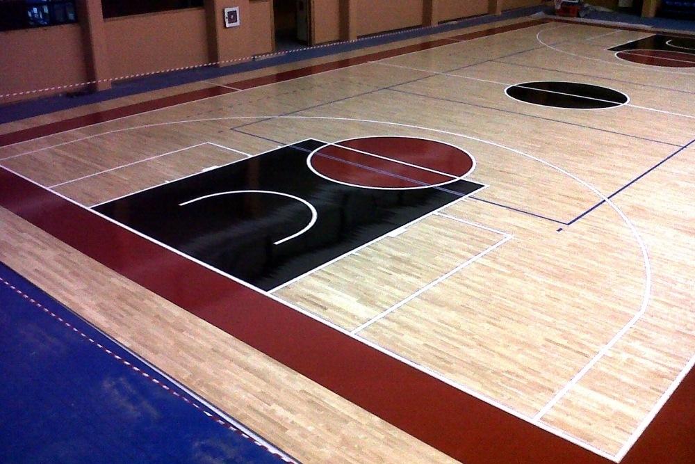 pista multiusos de baloncesto